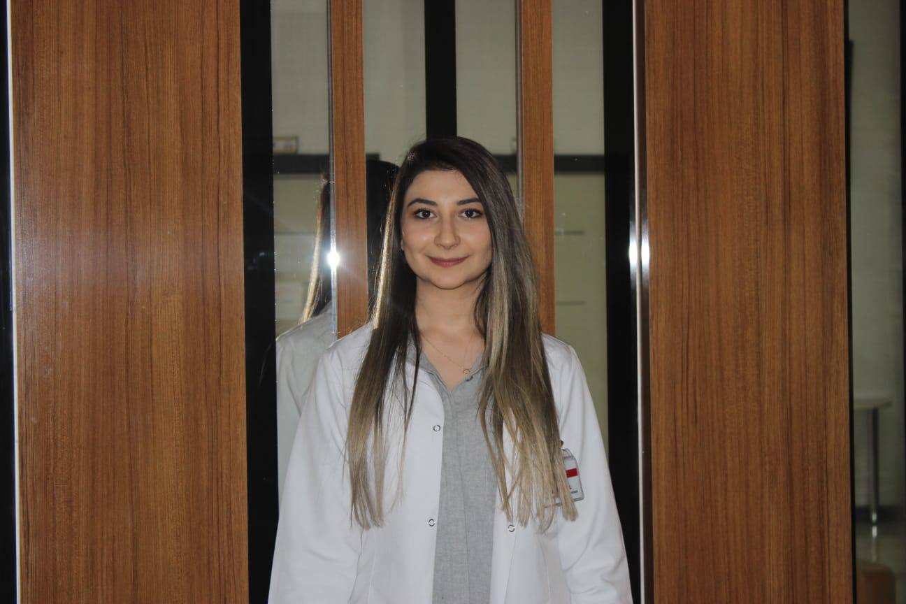 Melike ÜNAL - Türk Dili ve Edebiyatı Öğretmeni