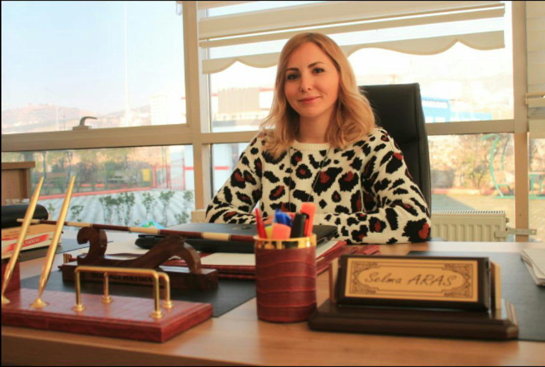 Selma ARAS - Ortaokul Müdürü
